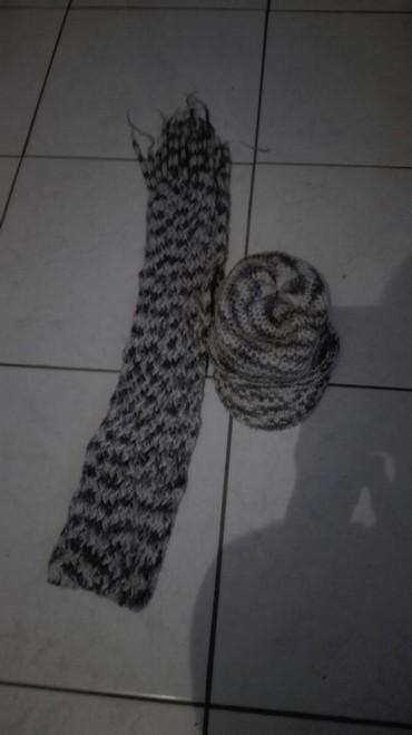 Ponco vuna akril - Srbija: Sal i kapa ( kao kacket),vuna