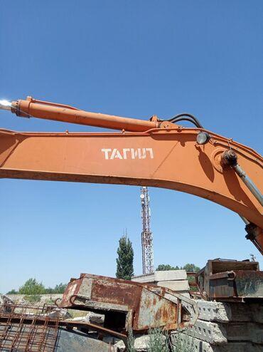 Экскаватор ТАГИЛ ЭО-33211А ковш 0.75 куб. В харошом состояние