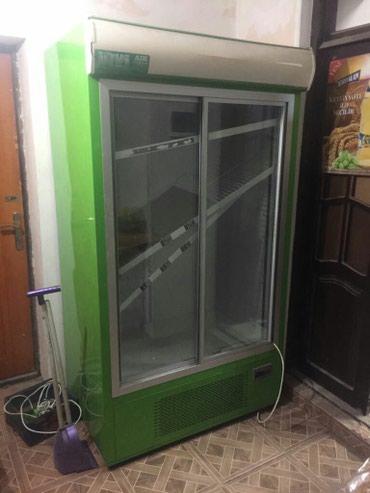 Bakı şəhərində Market ucun  vitrin soyuducu ..az ishleyib