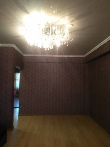 2 комнатная квартира in Кыргызстан | ПРОДАЖА КВАРТИР: Индивидуалка, 2 комнаты, 50 кв. м Бронированные двери, С мебелью, Кондиционер