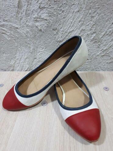 Находки, отдам даром - Бишкек: Женские туфли размер 38.Мокасины женские размер 38. Все отдам за 2