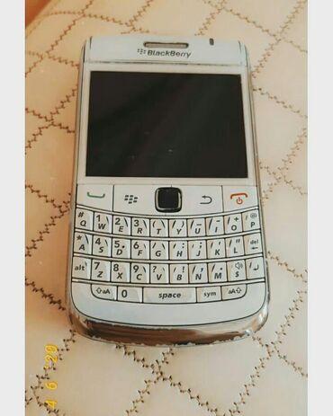 blackberry-porsche - Azərbaycan: Blakberry 9780 bold heç bir problemi yoxdu iwleyir 100 manata satılır