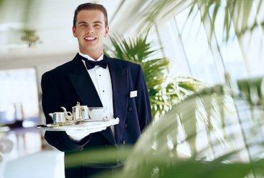 Требуется официант  в компанию «Business» в Бишкек