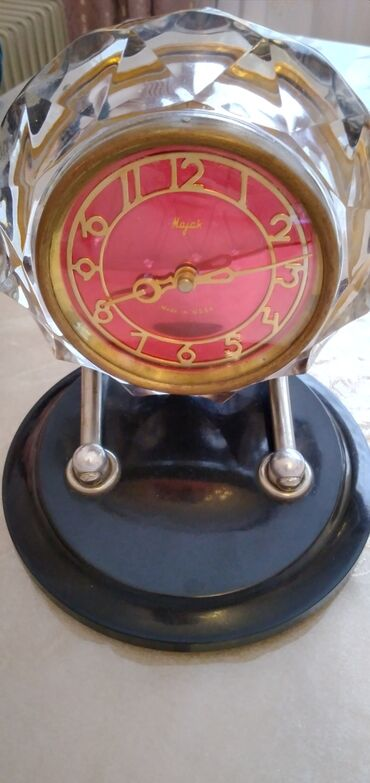 fit saat - Azərbaycan: Qədimi Mayak Saat satilir qiymet razilasma yolu ilə