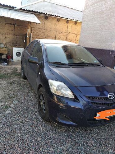 автомобиль toyota yaris в Кыргызстан: Toyota Yaris 1.5 л. 2008