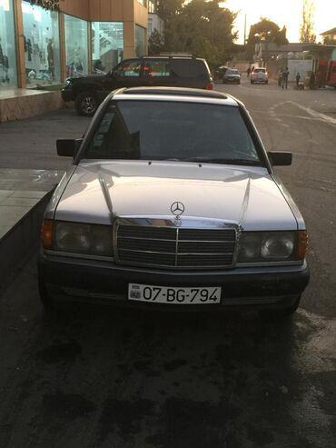 - Azərbaycan: Mercedes-Benz 190-Series 2 l. 1990 | 425000 km