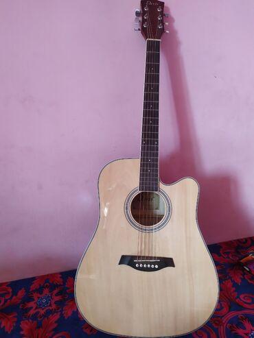 Кулиева жалап кыздар - Кыргызстан: Продаю гитару 41 размера . состояние отличное Плюс чехол в подарок