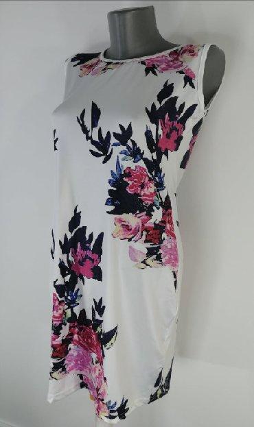 Haljine | Bor: Nova haljina, samo oprana. Na njoj naznacena velicina L ali odgovara