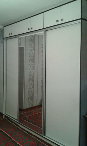 Гарнитуры - Балыкчы: Срочно продаю, Спальный гарнитур!!! Купейный, белый глянец, 2300 на