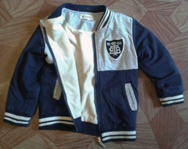 детская клетчатая рубашка в Кыргызстан: Продаю детские вещи разныеКофта на молнии Размер написан 10 - (лет на