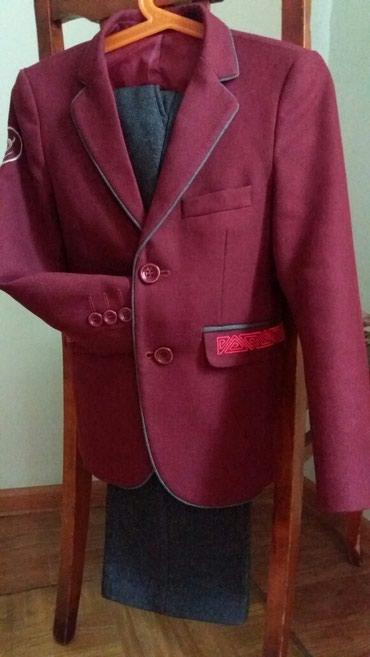 Школьная форма размер 28 рост122. брюки осенние и теплые. в Бишкек