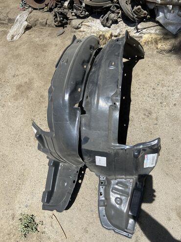 Продам передние подкрылки для Honda Odyssey RA 1