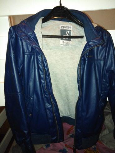 Dečije jakne i kaputi | Uzice: Zara kids kozna jaknica 134 7/9 godina nosena Cena 1500