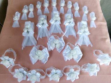 narukvice i reveri u beloj boji - Loznica