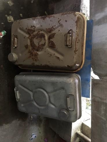 канистра-для-бензина-бишкек в Кыргызстан: Продаю канистры для бензина 40 литров и 30 литров по 1000 сом за