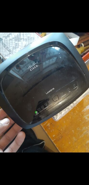 wifi modem - Azərbaycan: Wifi aparati tam islekdir ev teli ile isleyendi. Metrolara catfirilma