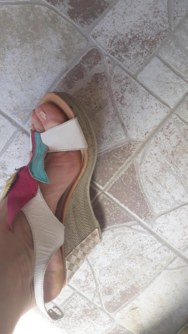 Nove sandale..38 br.. - Pancevo - slika 3