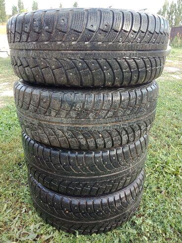 Пр-ю зимние шины 205/55/R16Состояние двух отличные.На двух есть