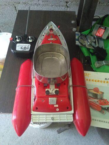 Продам кораблик типа Торнадо Т-10. покупал б.у-шным лет 7 назад. так