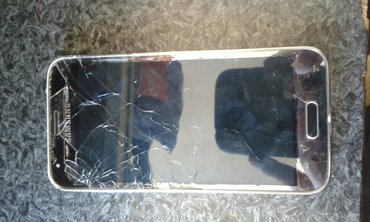 Sumqayıt şəhərində Samsung s5 mini aliram xarab olsun ekrani lazimdi mene