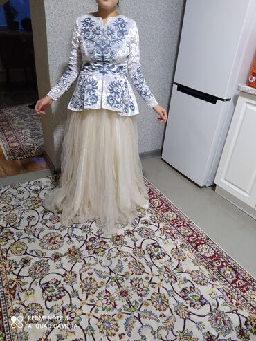 Платье Glamorous L