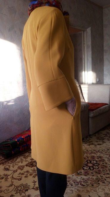 Продаются эллегантные новые плащи, в Бишкек