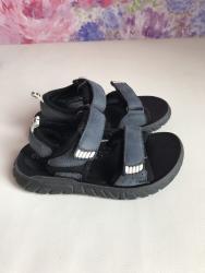 Детские сандали, практически новые. в Бишкек