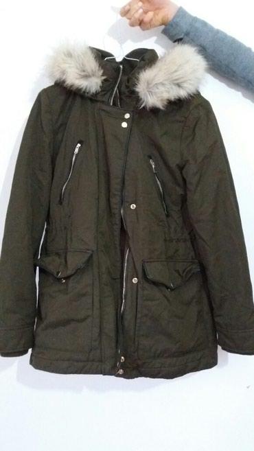 ZARA - zenska zimska jakna, jako dobro ocuvana, nosena samo par puta, - Borca