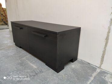 Masinski inzenjer - Srbija: Tv komoda je napravljena od univera I masinski je kantovana.Dimenzije