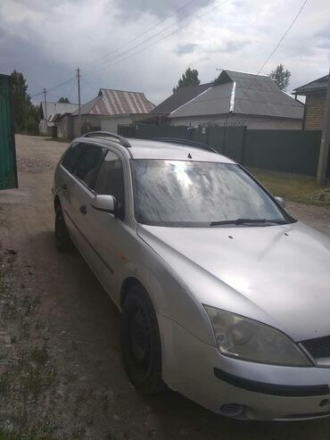 Ford Mondeo 1.8 л. 2002 | 235000000 км
