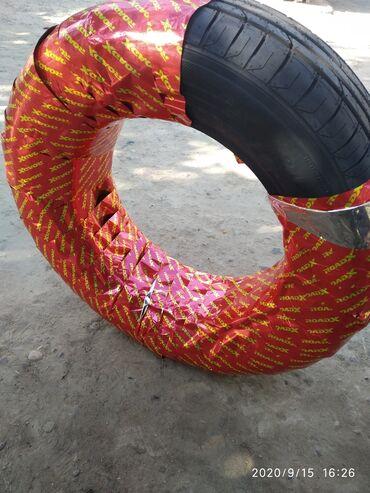шины москвич в Ак-Джол: Шины летние, размер 215/65/16 . Шина новая срочно продаю 3500 торг
