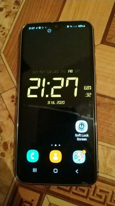 Электроника в Шабран: Telefon tezedir ideal veziyyetdedir 64yaddasdi 4ram.telefon tam
