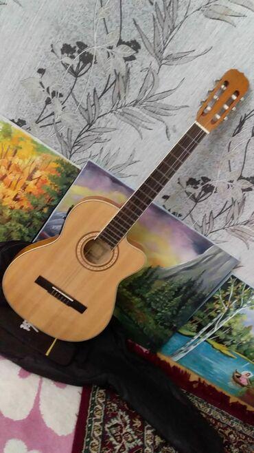 bel çantası - Azərbaycan: Salam Gitara 310 azn alinib Barterde var deyerinde olan bir ewya ile