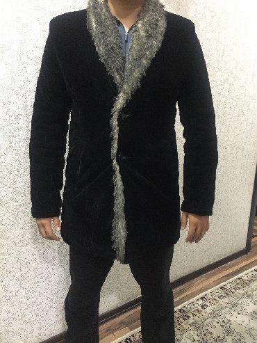 Пальто - Бишкек: Мужское пальто, цвет - глубокий чёрный. Велюр. Состояние отличное