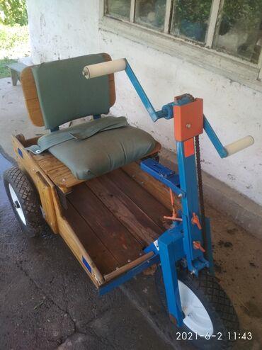 Инвалидные коляски - Кыргызстан: Ручная мобильная тележка,в хорошем состоянии для инвалидов