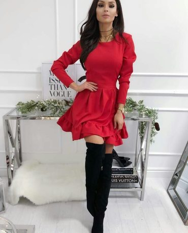 Nova crvena haljina, univerzalna velicina, moze do L. cena 800 rsd. - Obrenovac