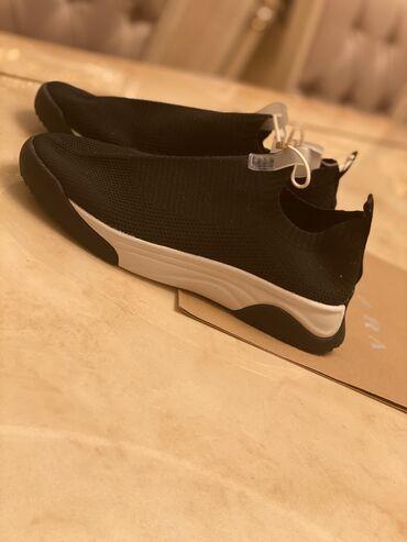 Новые кроссовки 39 размера!Zara!не подошёл размер
