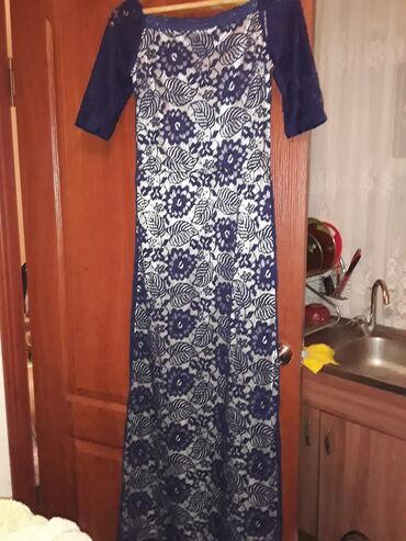 Продаю платья размер М