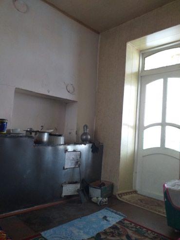 Продажа, покупка домов в Кара-Суу: Срочно продаю дом вцентре .рядом школа .рынок Туратаалы .район тихий