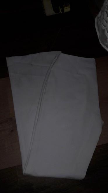 Pantalone-elegantne - Srbija: Bele elegantne pantalone. M vel