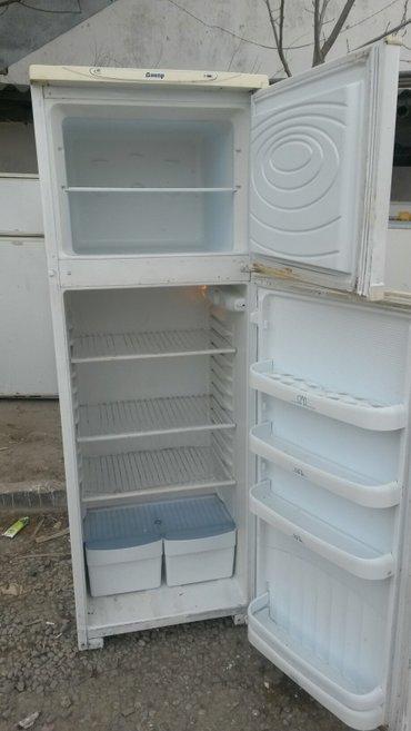 Bakı şəhərində Днепр икигапылы халадилник. хундур бойук ела ишлейир.70манат 80 манатд