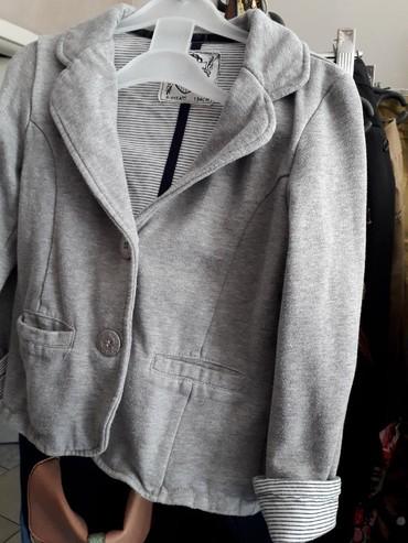 Dečije jakne i kaputi | Obrenovac: Pamučni sako za devojčicu vel 134(8-9 g) veoma kvalitetanpostava
