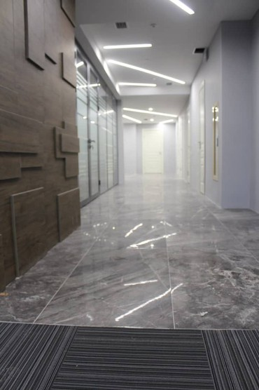 Офисы - Кыргызстан: Помещение в аренду и на продажу!  Общая площадь 328 квм.  Этаж 8 из 10