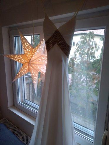 Dugacka bela haljina sa zlatnim detaljima iz butika 13, vel - Beograd