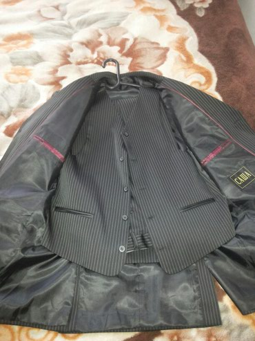 Кастюм размер 48.одевал один раз в Кант
