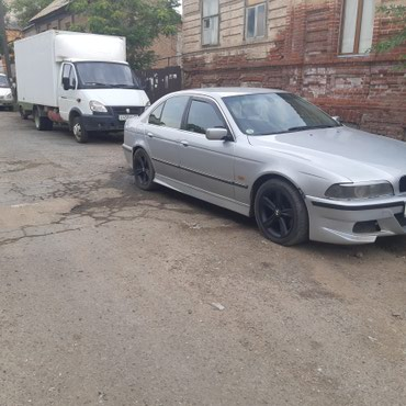 Xudat şəhərində BMW 523 1998