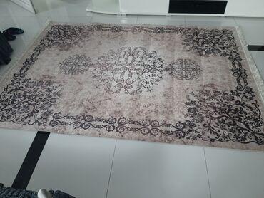 Nov tepih dolazi je 240.160