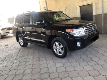 Toyota Land Cruiser 4.6 л. 2012 | 112500 км