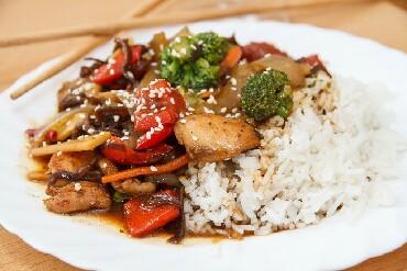 Требуются повара в кафе (р-н в Бишкек