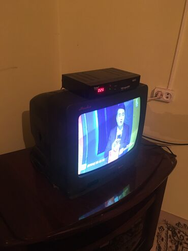 старый сервант реставрация в Кыргызстан: Телевизор голд стар диогональ 34см телевизор Корея + санарип. Адрес